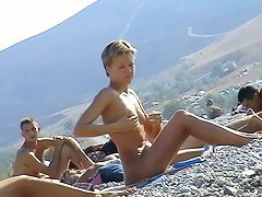 nude-beach-cam-keep-on-tenterhooks