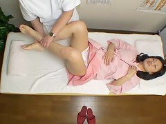 Close-matched cam kneading video of hot Jap fucking her masseur