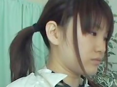 asian-schoolgirls-get-lower-down
