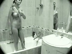 Shower voyeur video of a gorgeous blonde chick