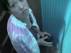 Asian bimbo is getting voyeured toweling body in change room shp26