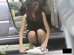 Amazing upskirt video where girls don't mind being filmed