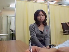 Japanese hottie in stockings gets a kinky pussy exam