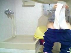 Girl got on toilet cam sitting on the bowl and flashing nub